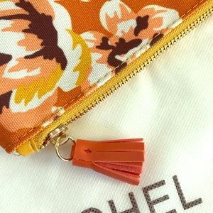 👜Rachel Pally zipper orange gold over clutch.👜